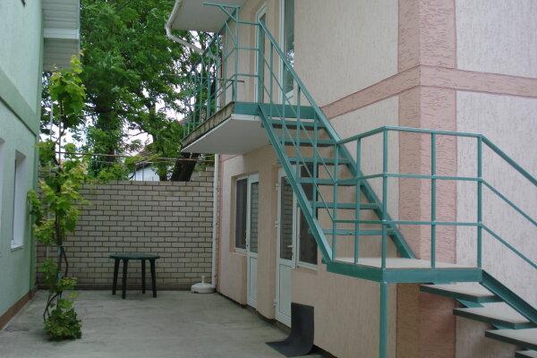 Дом в два этажа под ключ на 9 человек, 3 спальни, Чапаева, 25, поселок Приморский, Феодосия - Фотография 1