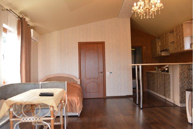 Новый трех комнатный дом вместимостью до 10человек, 150 кв.м. на 10 человек, 3 спальни, Кореизское шоссе, 12б, Мисхор - Фотография 2