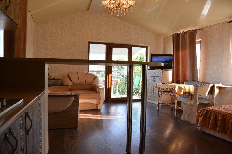 Новый трех комнатный дом вместимостью до 10человек, 150 кв.м. на 10 человек, 3 спальни, Кореизское шоссе, 12б, Мисхор - Фотография 3