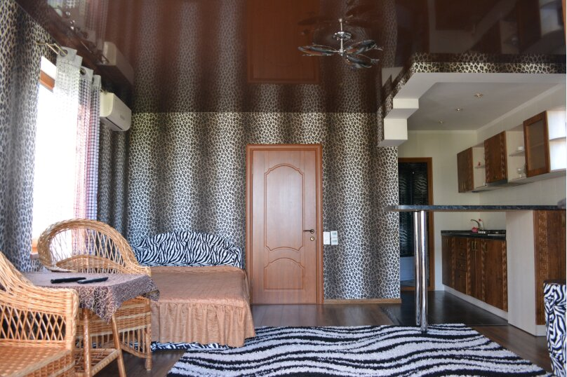 Новый трех комнатный дом вместимостью до 10человек, 150 кв.м. на 10 человек, 3 спальни, Кореизское шоссе, 12б, Мисхор - Фотография 7