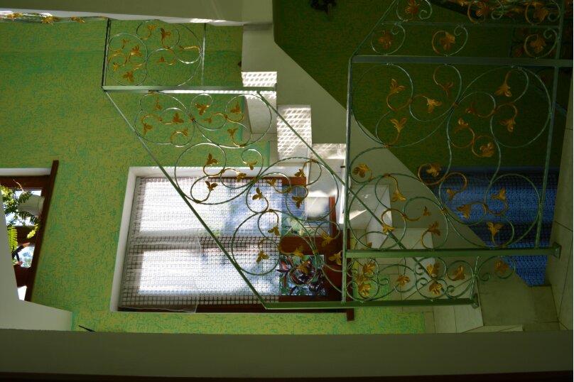 Новый трех комнатный дом вместимостью до 10человек, 150 кв.м. на 10 человек, 3 спальни, Кореизское шоссе, 12б, Мисхор - Фотография 18