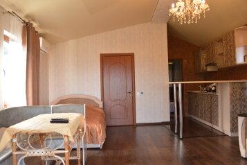 Новый 3 комнатный дом класса комфорт вместимостью до 12 человек, 150 кв.м. на 12 человек, 3 спальни, Кореизское шоссе, 12б, Мисхор - Фотография 2