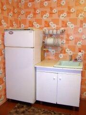 Комната с кухней в коттедже. Свой вход., улица Халтурина, 50 на 1 номер - Фотография 4