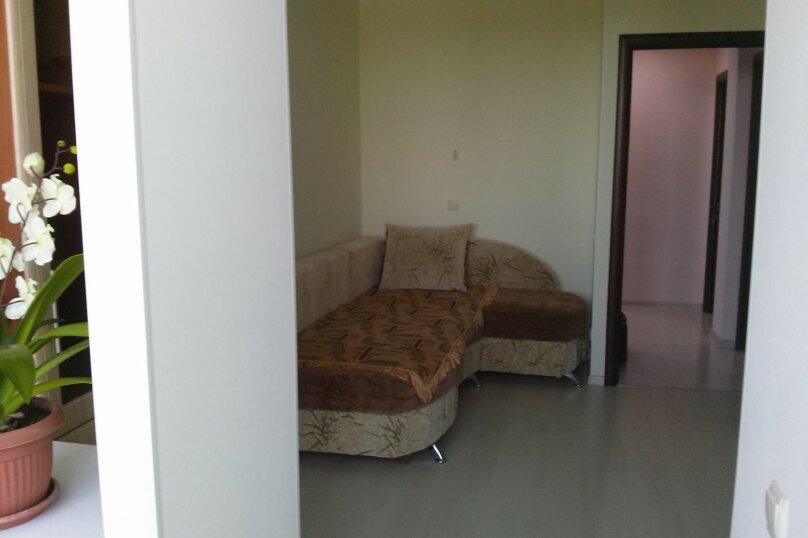 2-комн. квартира, 50 кв.м. на 5 человек, Эскадронная улица, 11, Евпатория - Фотография 2
