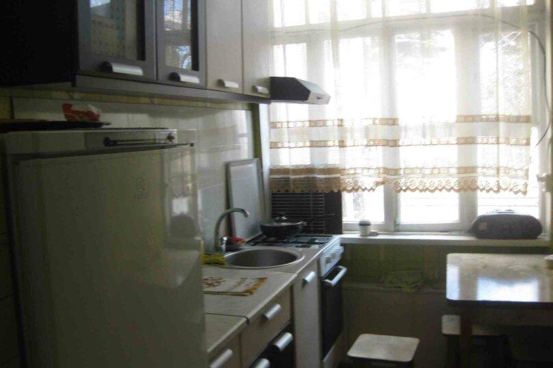 2-комн. квартира, 35 кв.м. на 3 человека, улица Чехова, 18, Ялта - Фотография 4