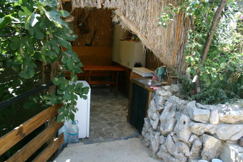 """Гостевой дом """"Прибрежный домик"""", 1 мая , 5 на 2 комнаты - Фотография 2"""