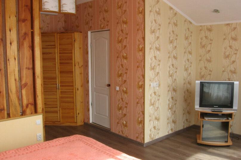 """Гостевой дом """"Прибрежный домик"""", 1 мая , 5 на 2 комнаты - Фотография 7"""