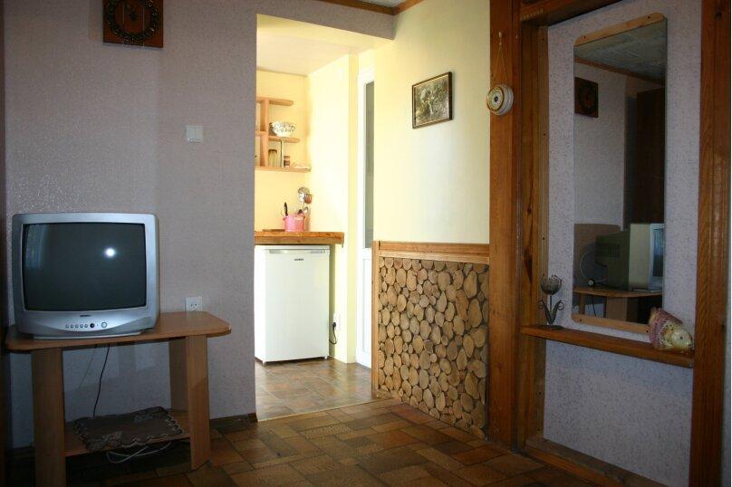 """Гостевой дом """"Прибрежный домик"""", 1 мая , 5 на 2 комнаты - Фотография 9"""