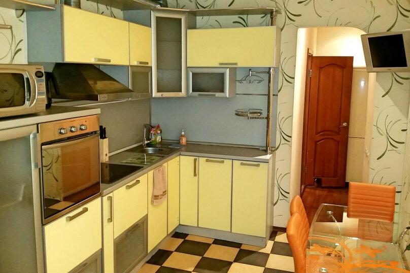 1-комн. квартира, 65 кв.м. на 5 человек, улица Профсоюзов, 26, Сургут - Фотография 1