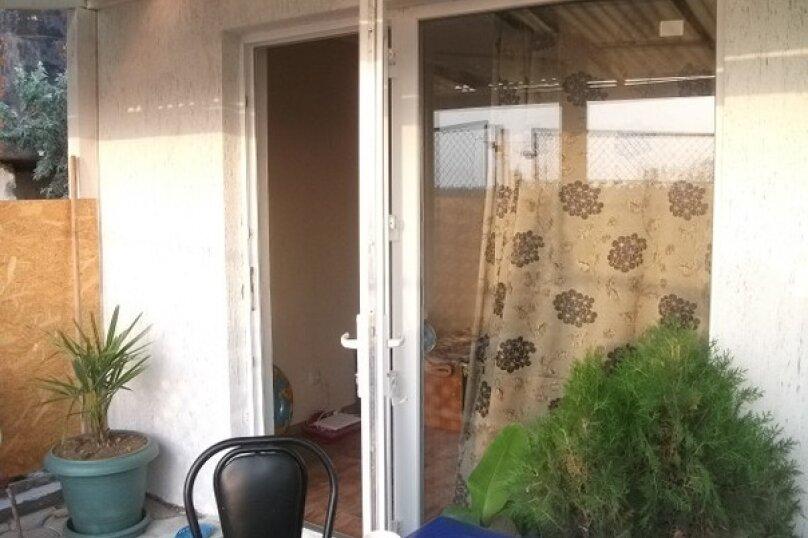 Номера с отдельным входом и территорией, Садовая , 60 на 2 номера - Фотография 4