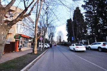 Гостевой дом, улица Орджоникидзе на 4 номера - Фотография 2