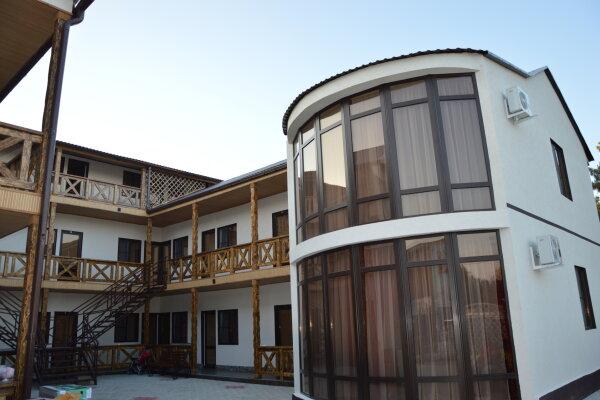 Гостевой дом, Тополиный проезд, 21 на 27 номеров - Фотография 1