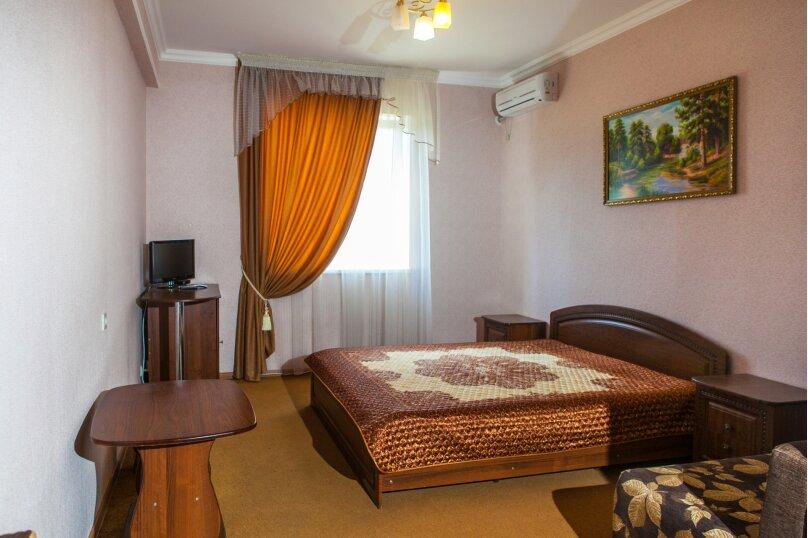 """Мини-отель """"Вегас"""", улица Чкалова, 47А на 20 комнат - Фотография 8"""