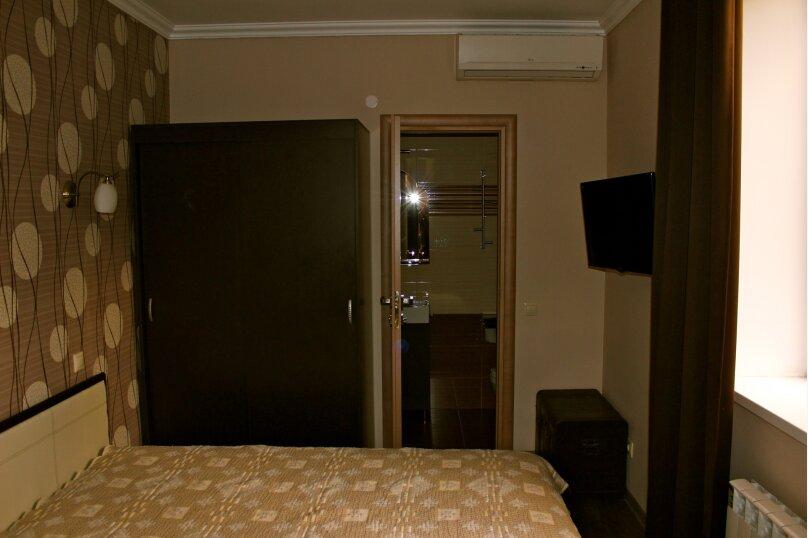 2х местный номер 1 этаж, Красная улица, 18, Геленджик - Фотография 1