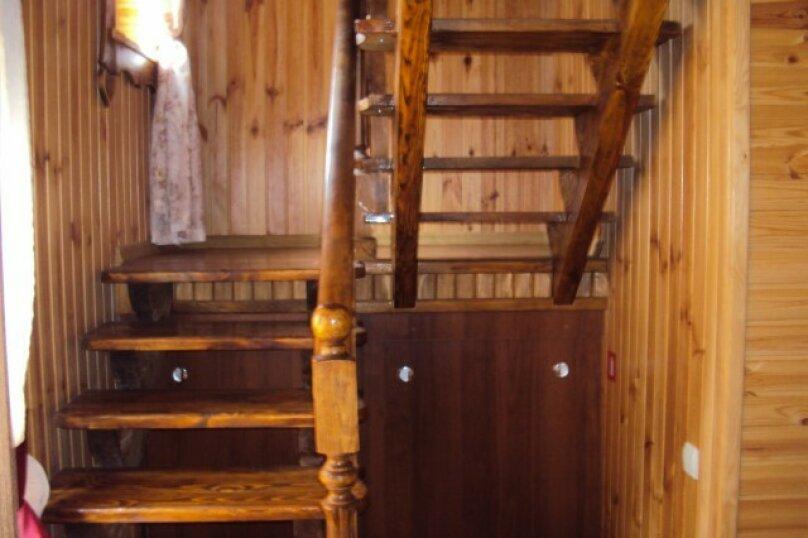 Двухэтажный деревянный сруб, 80 кв.м. на 6 человек, 3 спальни, улица Евпаторийская, 27, село Прибрежное (Евпатория) - Фотография 7