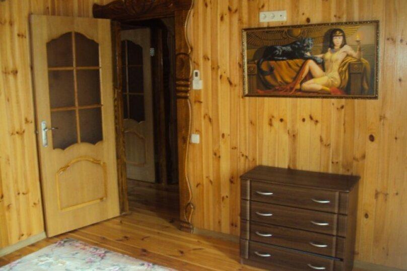 Двухэтажный деревянный сруб, 80 кв.м. на 6 человек, 3 спальни, улица Евпаторийская, 27, село Прибрежное (Евпатория) - Фотография 9