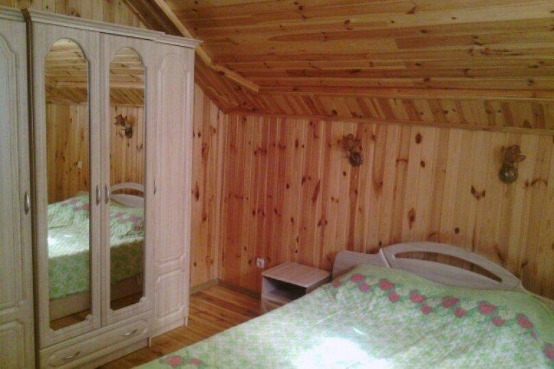 Двухэтажный деревянный сруб, 80 кв.м. на 6 человек, 3 спальни, улица Евпаторийская, 27, село Прибрежное (Евпатория) - Фотография 10