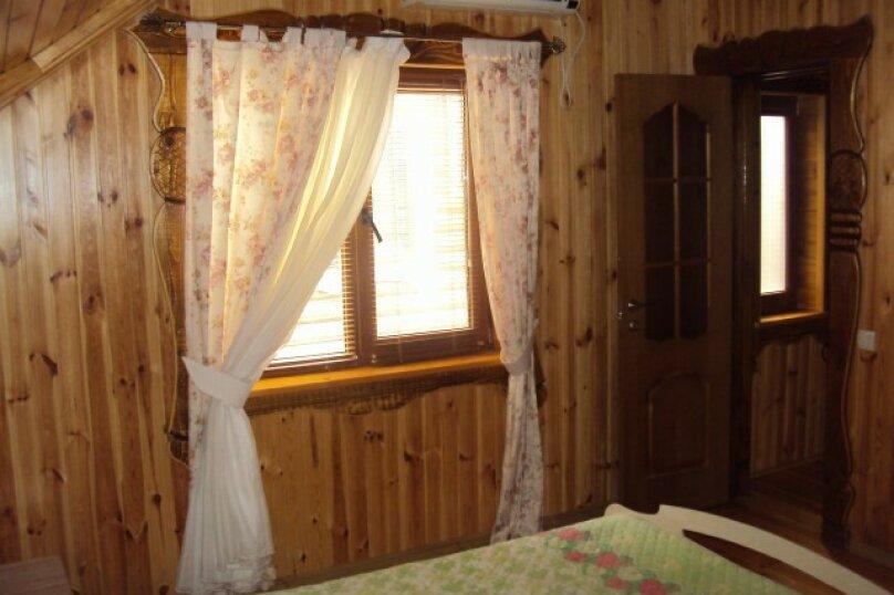 Двухэтажный деревянный сруб, 80 кв.м. на 6 человек, 3 спальни, улица Евпаторийская, 27, село Прибрежное (Евпатория) - Фотография 11