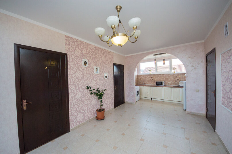 Дом «Mag.К.ДомЪ», улица Комарова, 11А на 14 комнат - Фотография 3