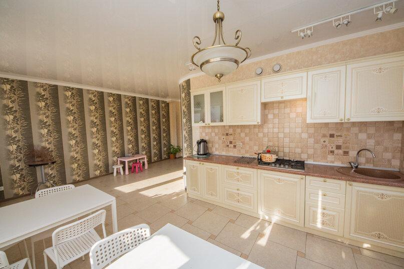 Дом «Mag.К.ДомЪ», улица Комарова, 11А на 14 комнат - Фотография 4