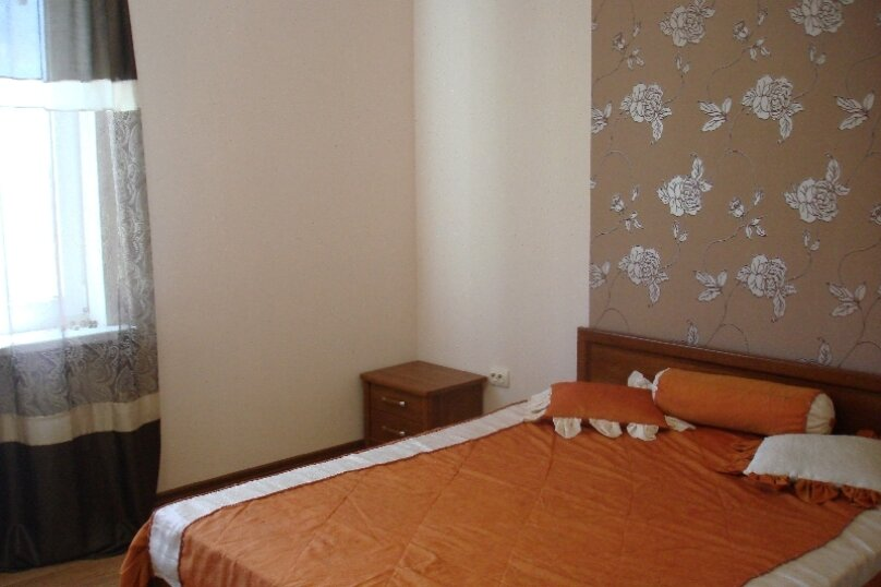 Дом у моря в Керчи, 100 кв.м. на 8 человек, 2 спальни, Войкова, 391, Керчь - Фотография 4