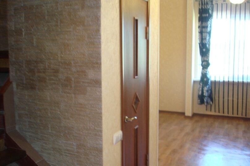 Дом у моря в Керчи, 100 кв.м. на 8 человек, 2 спальни, Войкова, 391, Керчь - Фотография 9
