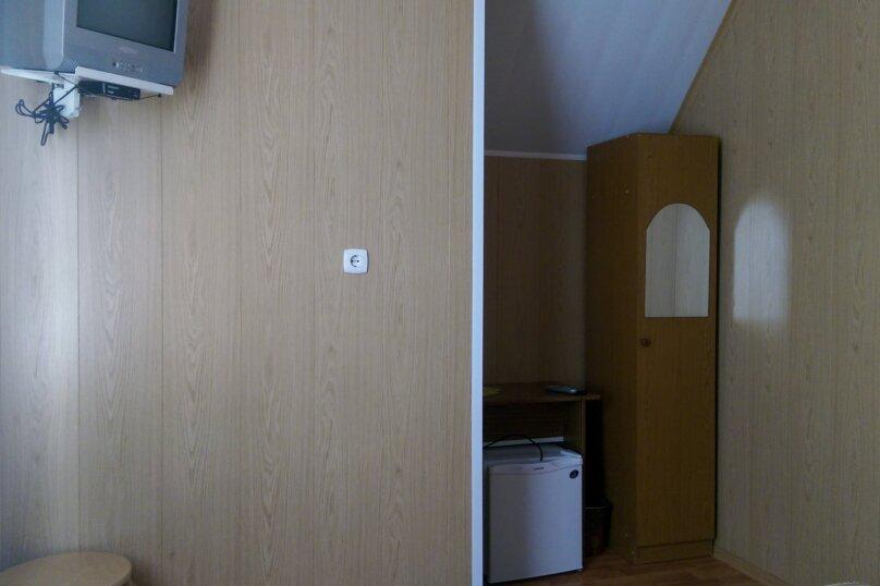 """Гостевой дом """"ВИЗИТ"""", Новороссийская улица, 63/2 на 14 комнат - Фотография 10"""