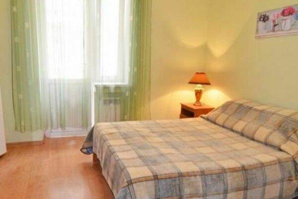 Уютный гостевой дом море 200 м!, Свирская улица, 21к4 на 8 номеров - Фотография 1