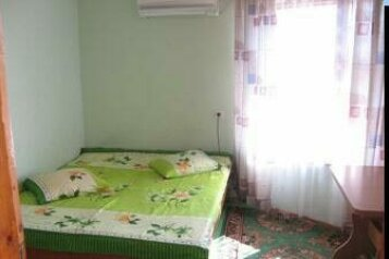 Коттедж двухэтажный, 48 кв.м. на 4 человека, 1 спальня, улица Бирюзова, Судак - Фотография 1