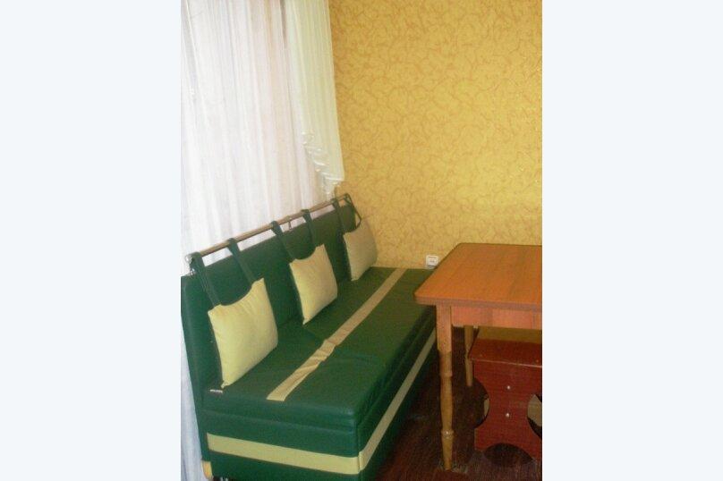1-комн. квартира, 35 кв.м. на 2 человека, 2-й Морской переулок, 10, Керчь - Фотография 2