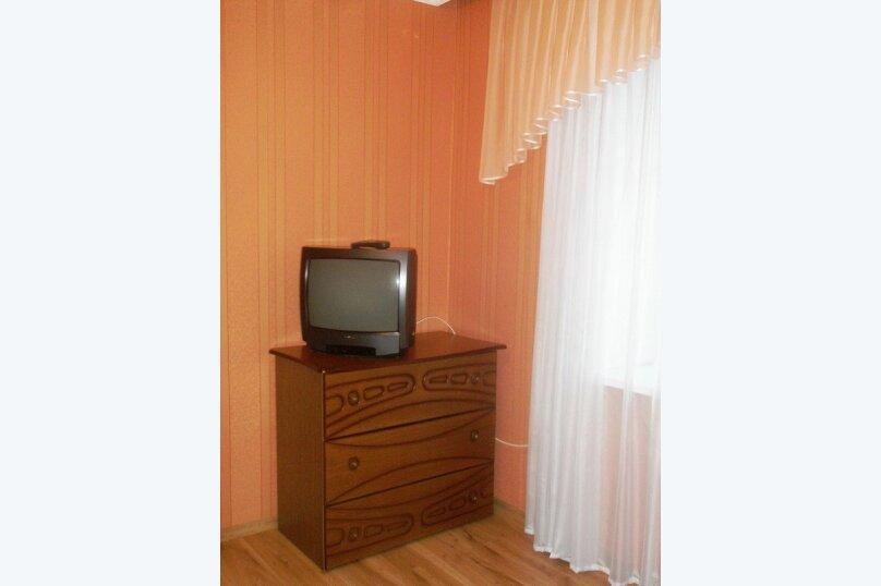 1-комн. квартира, 35 кв.м. на 2 человека, 2-й Морской переулок, 10, Керчь - Фотография 3