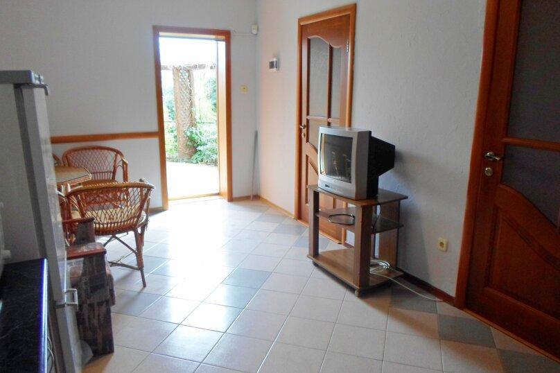 Дом в Ливадии, 100 кв.м. на 10 человек, 3 спальни, Старое Севастопольское шоссе, 12, Ялта - Фотография 8