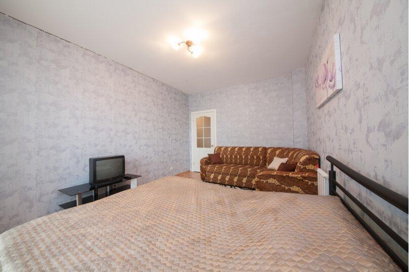 1-комн. квартира, 37 кв.м. на 4 человека, улица Батурина, 30к2, Красноярск - Фотография 2