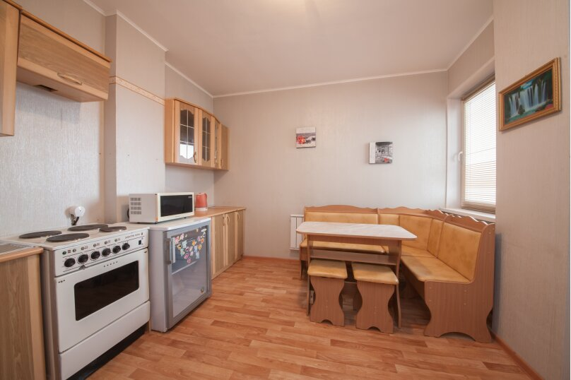 1-комн. квартира, 37 кв.м. на 4 человека, улица Батурина, 30к2, Красноярск - Фотография 4
