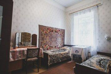 3-комн. квартира, 53 кв.м. на 6 человек, Заречная улица, Ялта - Фотография 1