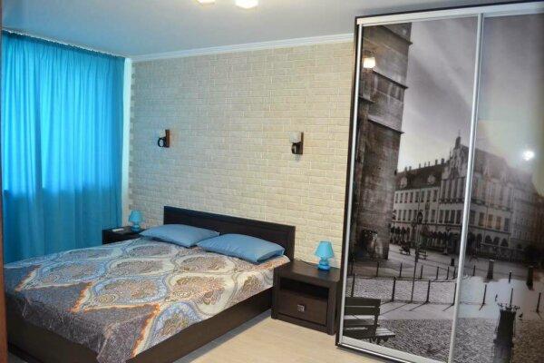 1-комн. квартира, 33 кв.м. на 3 человека, улица Чкалова, 92, Феодосия - Фотография 1