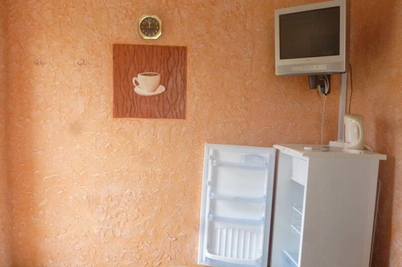 Частный дом, 70 кв.м. на 7 человек, 3 спальни, улица Пастернака, 6, Коктебель - Фотография 4