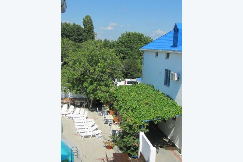 Апартаменты 90 кв. м. 3-х комнатные, 90 кв.м. на 8 человек, 3 спальни, 2-й Черноморский переулок, 10, Витязево - Фотография 17
