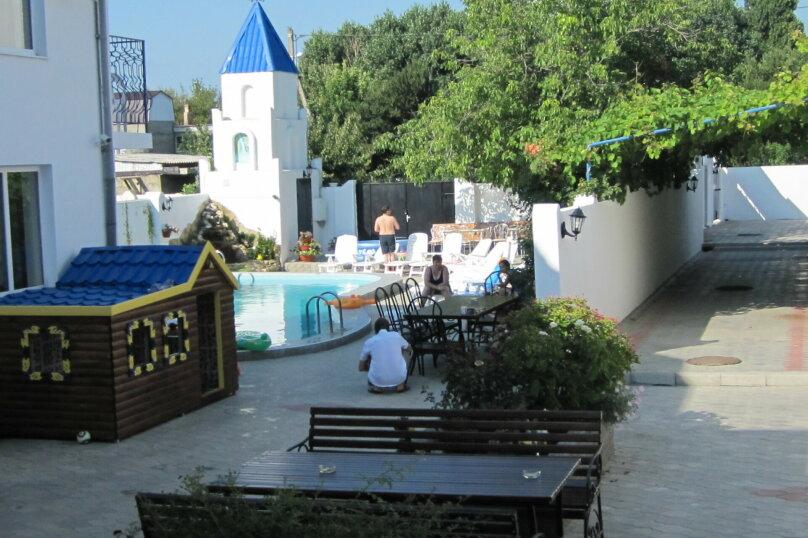 Апартаменты 90 кв. м. 3-х комнатные, 90 кв.м. на 8 человек, 3 спальни, 2-й Черноморский переулок, 10, Витязево - Фотография 18