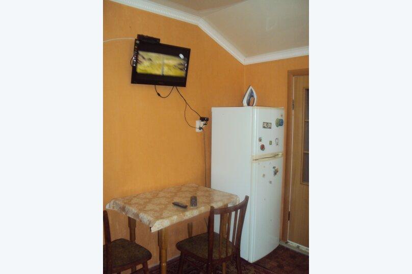 2-х комнатный номер, улица Маяковского, 45А, Феодосия - Фотография 10
