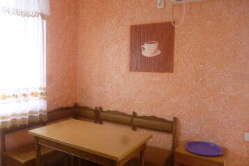 Частный дом, 70 кв.м. на 7 человек, 3 спальни, улица Пастернака, 6, Коктебель - Фотография 3