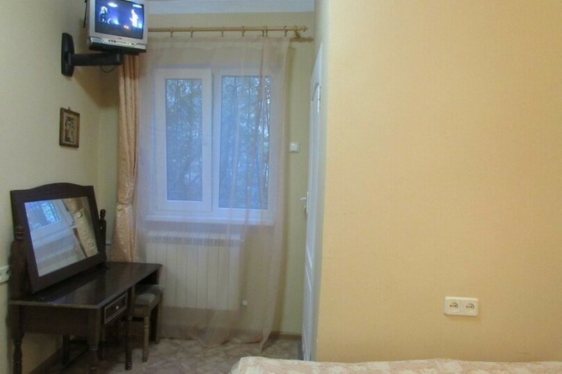 Дом, 25 кв.м. на 3 человека, 1 спальня, улица Ломоносова, 7, Ялта - Фотография 3