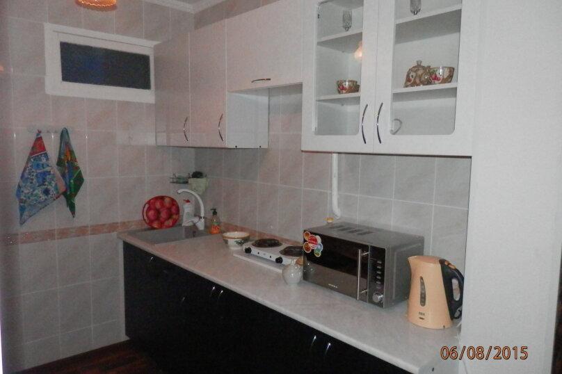 3-комн. квартира, 68 кв.м. на 7 человек, улица Сурикова, 16, Алупка - Фотография 3