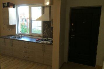 Дом на Шмидта, 40 кв.м. на 4 человека, 1 спальня, улица Шмидта, 59, Ейск - Фотография 3