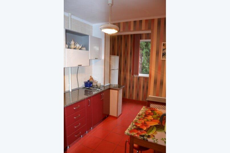1-комн. квартира, 35 кв.м. на 4 человека, 50 лет Октября, 13, Алушта - Фотография 2