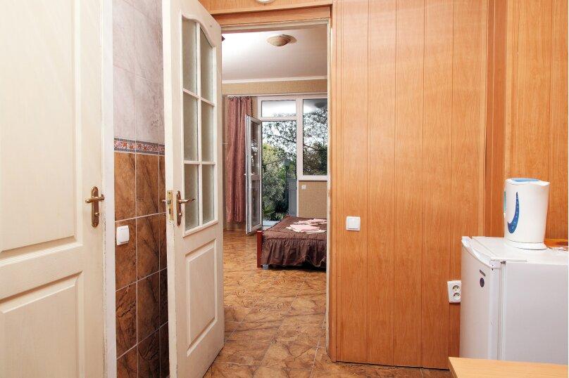 Двухместный номер эконом-класса с 1 кроватью, улица Ленина, 66, Алупка - Фотография 2