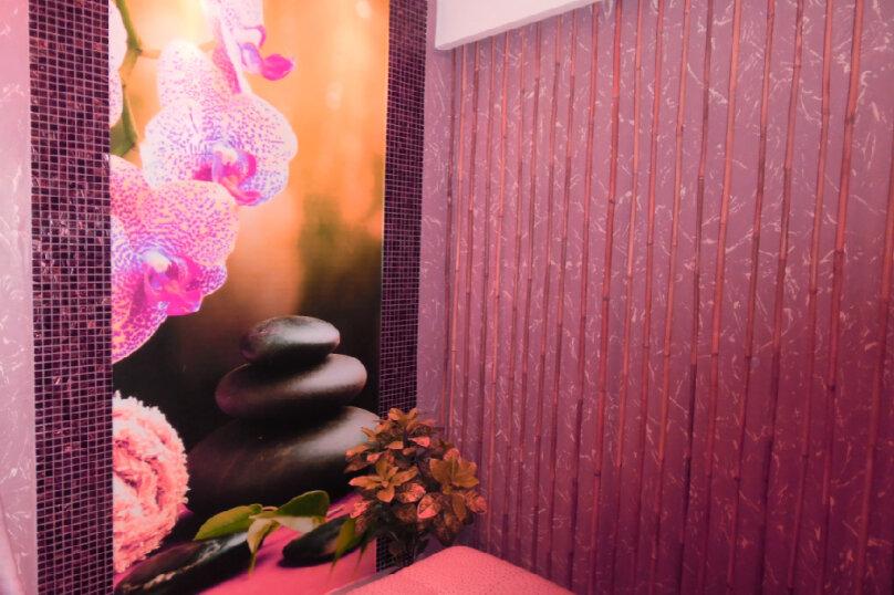 1-комн. квартира, 32 кв.м. на 3 человека, улица Космонавта А.Г. Николаева, 36, Чебоксары - Фотография 1