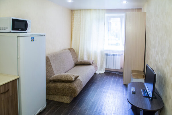 1-комн. квартира, 20 кв.м. на 3 человека, проспект Металлургов, 41, Советский район, Красноярск - Фотография 1