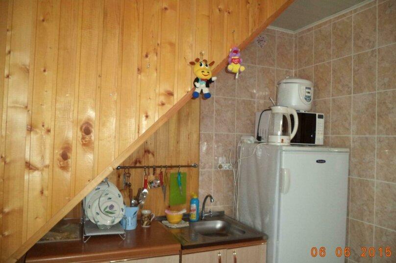 """Гостевой дом """"Веста"""", Азовская улица, 11 на 4 комнаты - Фотография 25"""