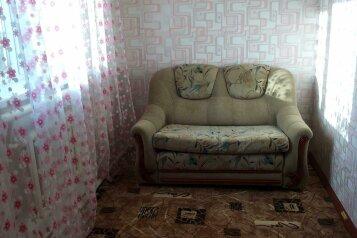Сдам дом, 120 кв.м. на 6 человек, 1 спальня, Ростовская улица, 310, Ейск - Фотография 2